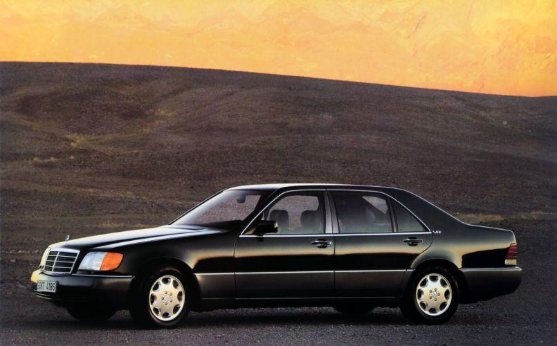 Mercedes-Benz 600SEL 1990 wallpaper