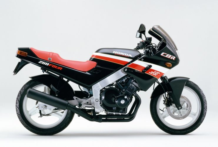 Honda CBR 250 Four motorcycles 1986 wallpaper