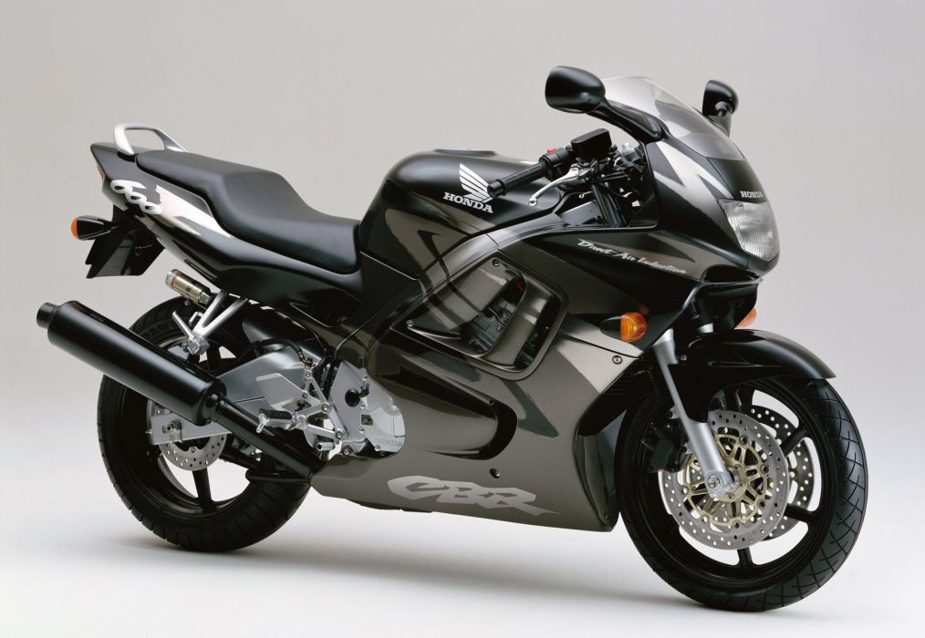 Honda CBR 600F motorcycles 1995 wallpaper
