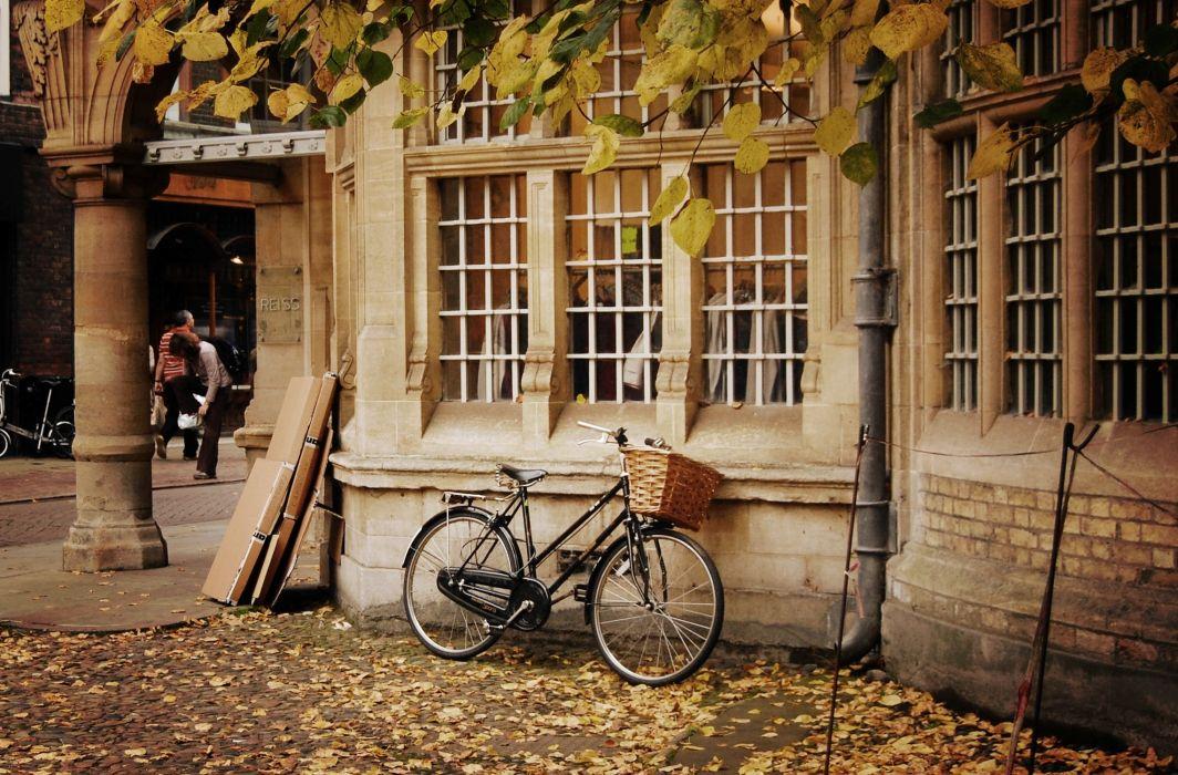 bike city autumn mood wallpaper