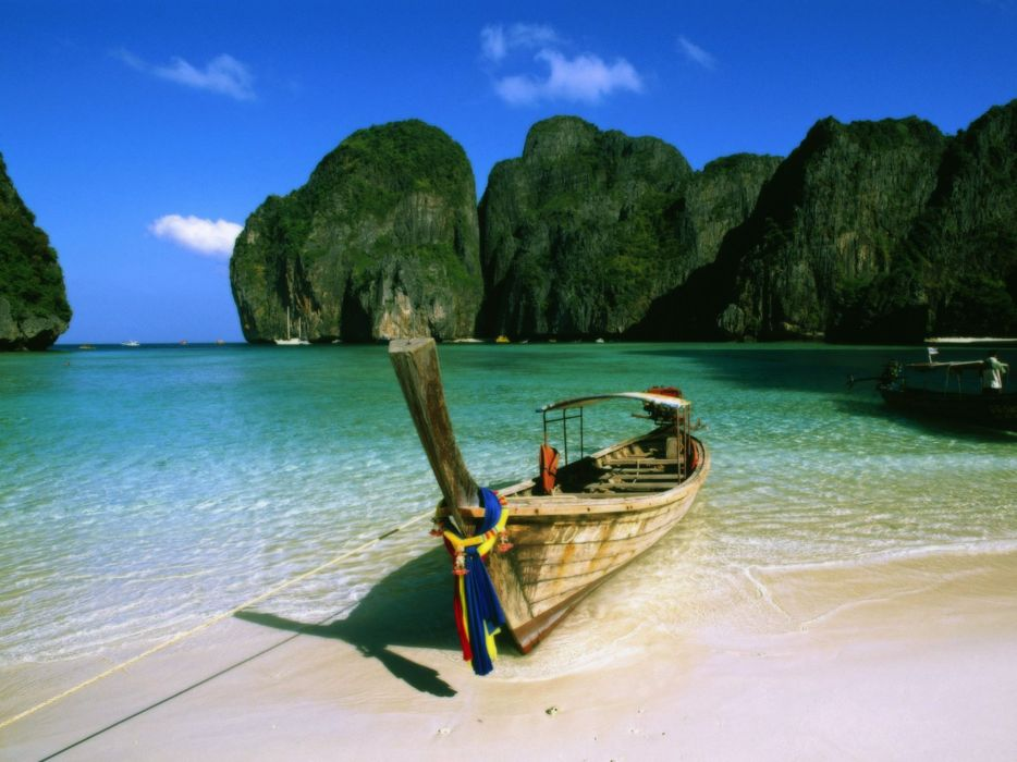 May Bay Phi Phi Island Thailand pictures wallpaper