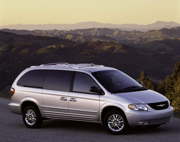 Chrysler Town & Country 2000 wallpaper