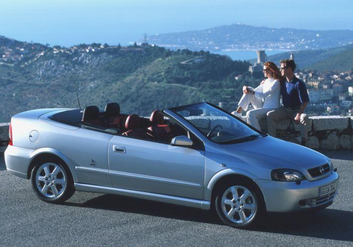 Opel Astra Cabrio 2001 wallpaper
