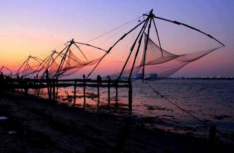 Kochi Kerala Blues Back Water Lagoons Sunset Beach Ship Channels Chinese Nets Skyscraper water city (14) wallpaper