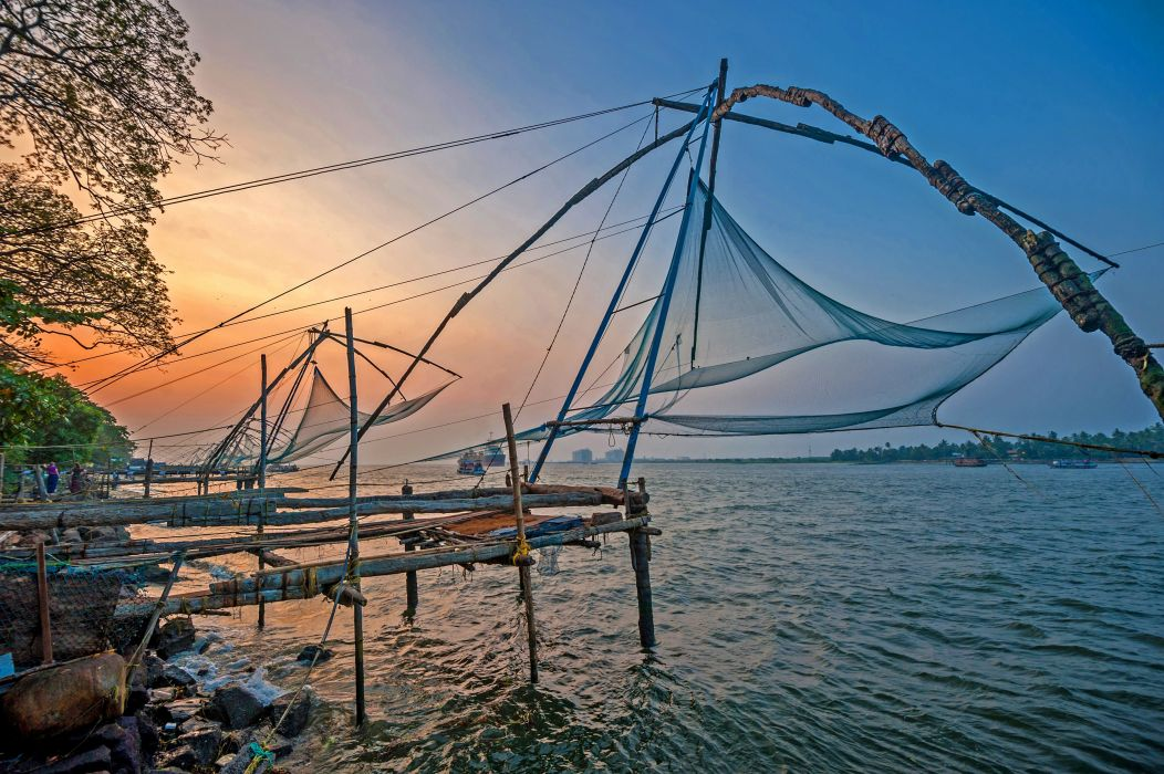 Kochi Kerala Blues Back Water Lagoons Sunset Beach Ship Channels Chinese Nets Skyscraper water city (15) wallpaper