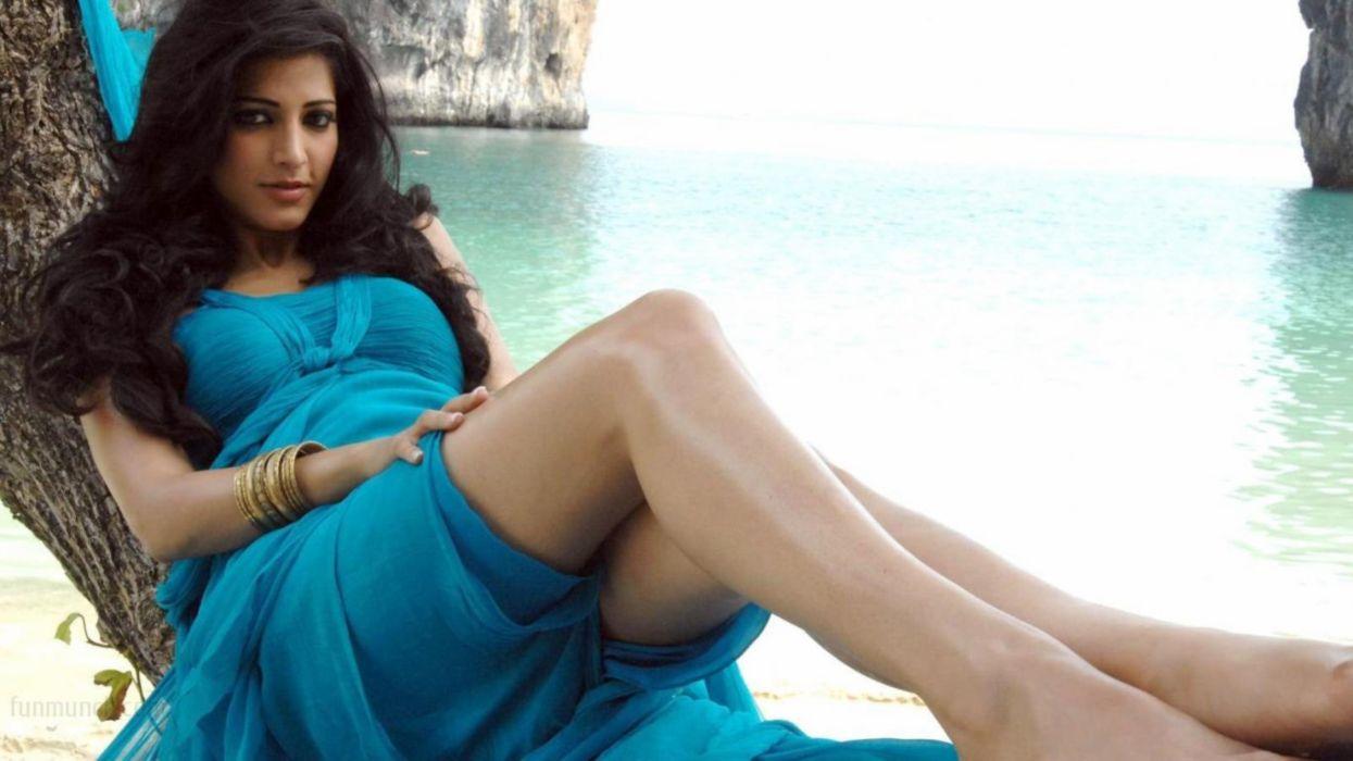 Indian Actress 4K Ultra HD Beautiful Wallpapers 5 (3) wallpaper