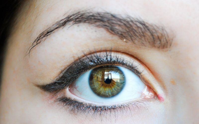 35965985-pics-of-eyes wallpaper