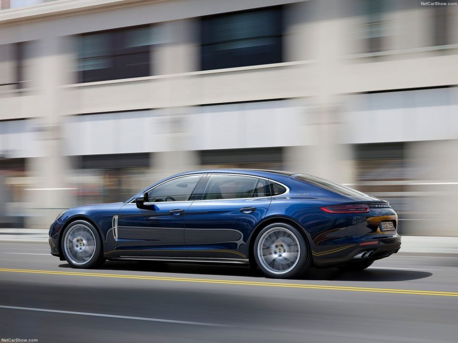 Porsche Panamera Executive cars 2016 wallpaper