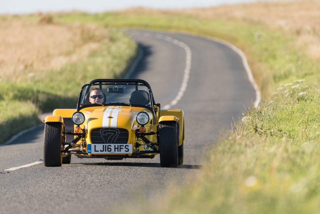 Caterham Seven 270-R UK-spec cars 2015 wallpaper