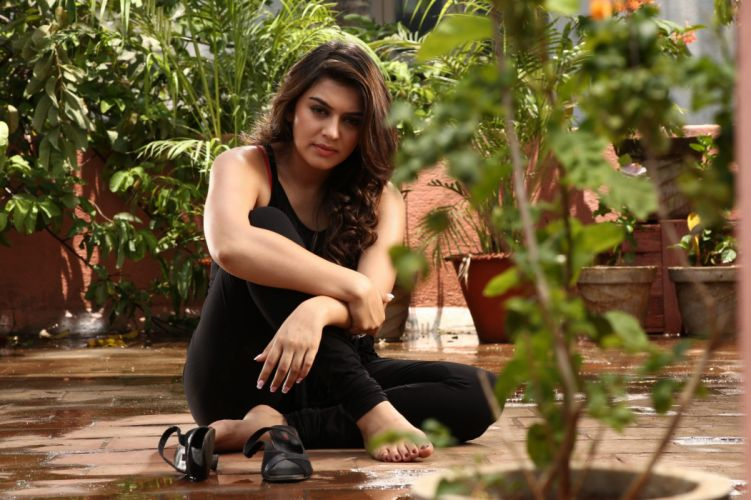 Hansika Actress indian wallpaper