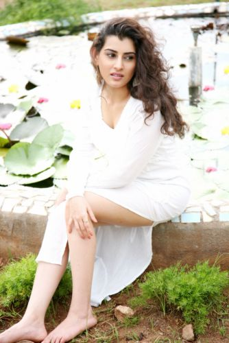 Actress-Archana-Veda-Latest-Photoshoot-HD-Images-14 wallpaper