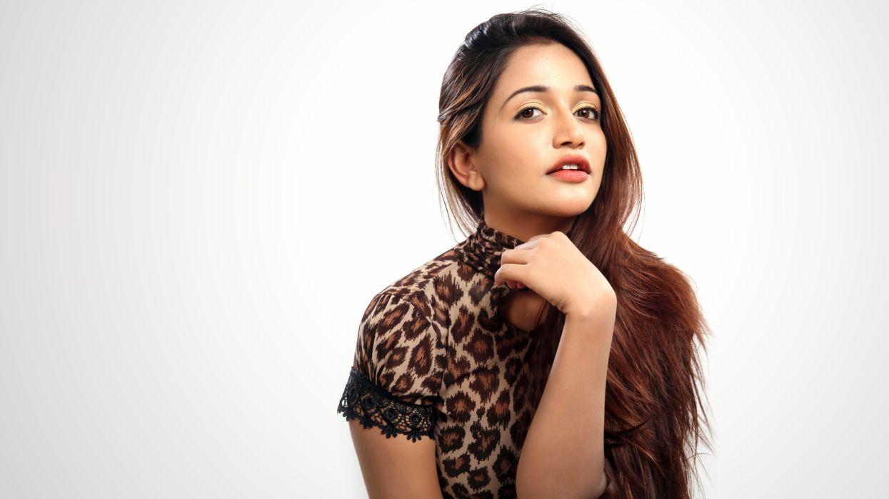 Anaika Soti 7680x4320 Actress Bollywood Tamil Telugu Hindi 4k 8k 1954 Wallpaper 7680x4320 1043769 Wallpaperup