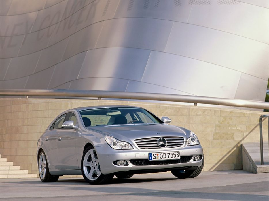Mercedes-Benz CLS500 2004 wallpaper