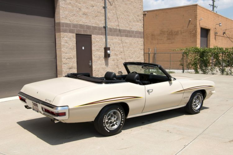 1971 Pontiac GTO Convertible cars wallpaper