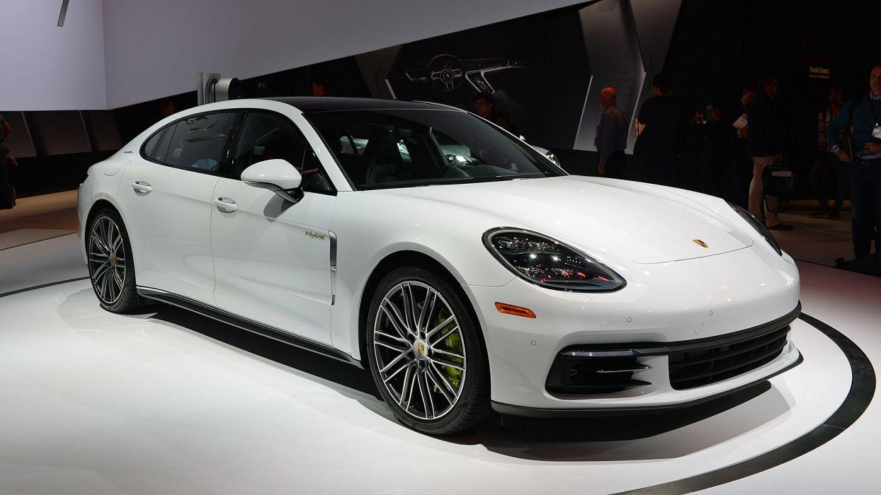 2017 Porsche Panamera (4) E-Hybrid Executive cars 2+2 Hybrid wallpaper