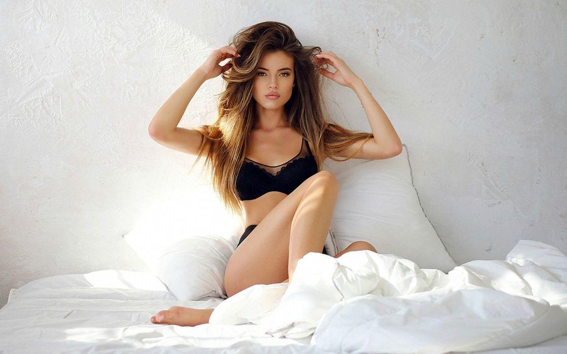 Gorgeous Model wallpaper