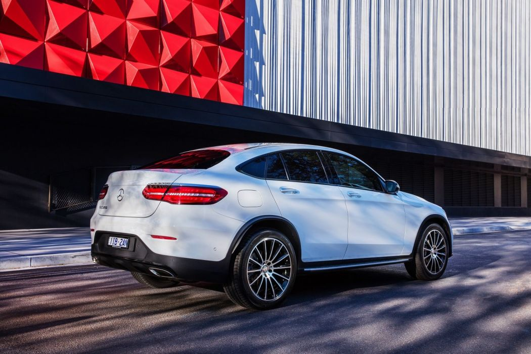 Mercedes Benz Glc 250 4matic Amg Line Coupe Au Spec C253 Cars Suv White 2016 Wallpaper 1475x983 1050463 Wallpaperup