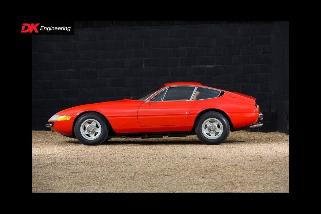 1967 Ferrari 365 GTB-4 Daytona classic cars wallpaper