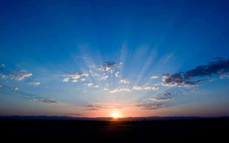 Morning Sun Rays wallpaper