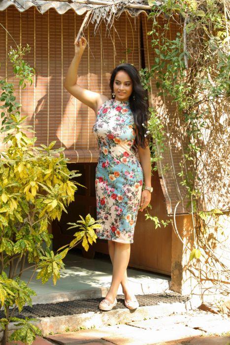 Actress-Suja-Varuni-Photoshoot-Stills-1 wallpaper