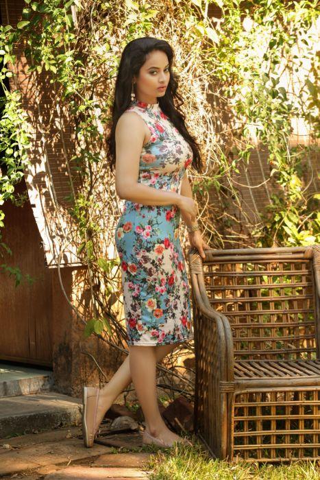 Actress-Suja-Varuni-Photoshoot-Stills-2 wallpaper