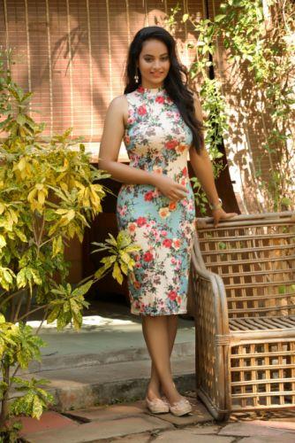 Actress-Suja-Varuni-Photoshoot-Stills-4 wallpaper