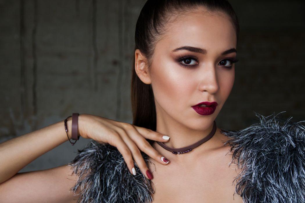 Loft Girl Model Bracelets Choker wallpaper