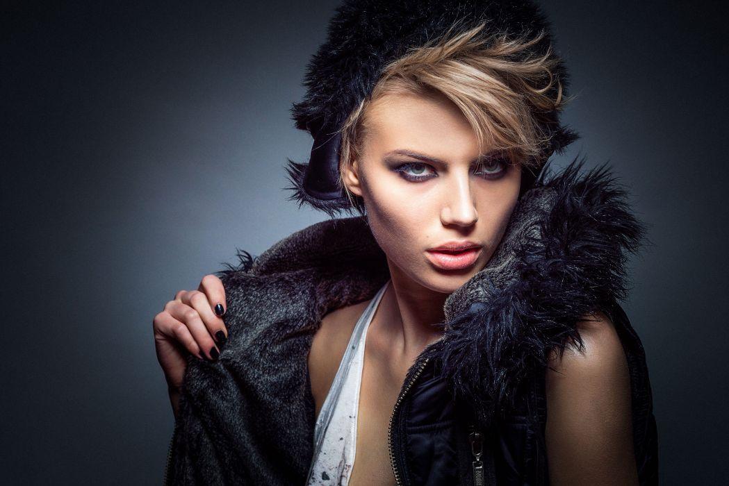 Model Fashion Glamour Girl Female Portrait Studio wallpaper