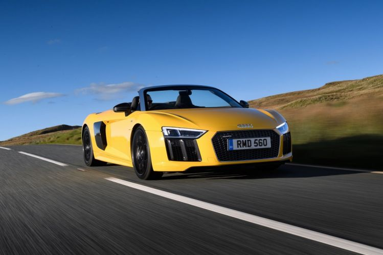 Audi (R8) Spyder V10 UK-spec cars 2016 wallpaper