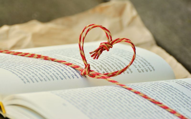 Book Book Gift By Heart Cord Gift Read Heart wallpaper