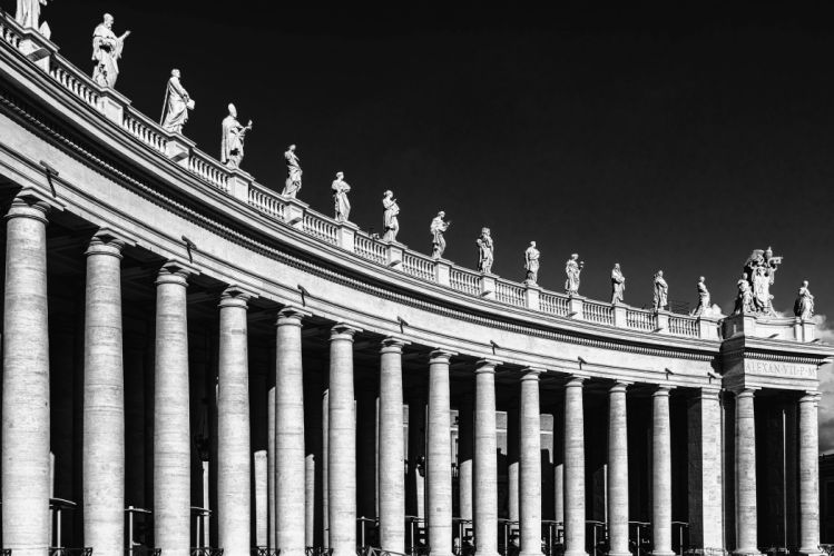 Columnar Antique Roman Architecture wallpaper