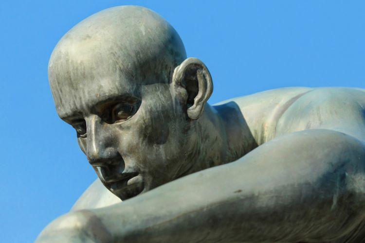 Sculpture Head Face Bronze Statue Atmospheric Man wallpaper