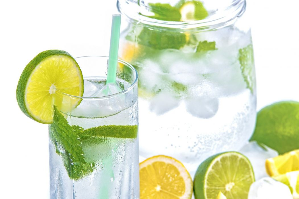 Mineral Water Lime Ice Mint Glass Drink Cold wallpaper