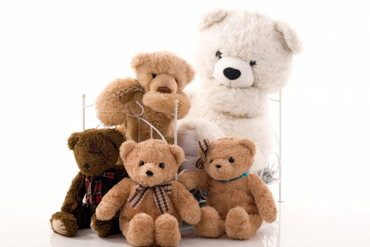 Family Group Teddy Bear Bears A Few Bed White toy wallpaper