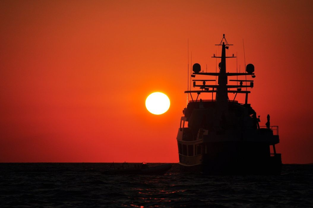 Sunset Ship Silhouette Sun Summer Sea Horizon fishing wallpaper