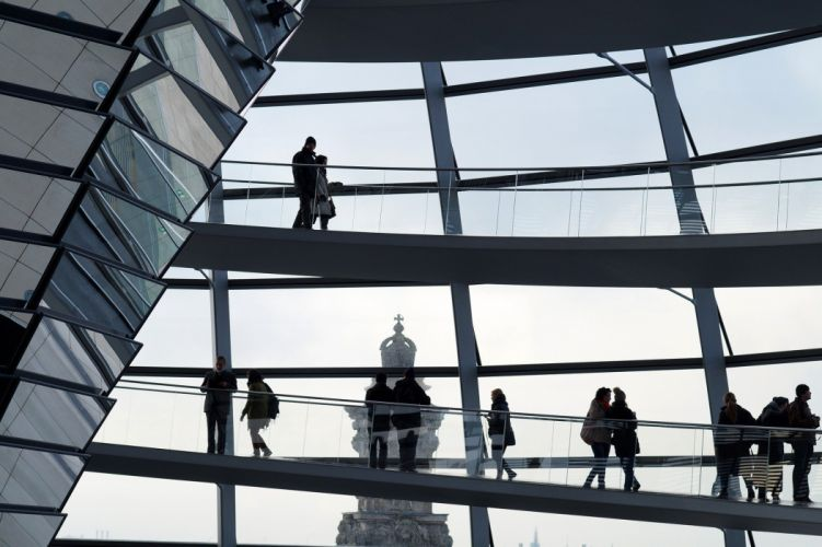 Berlin The Reichstag People Silhouette Mirror wallpaper