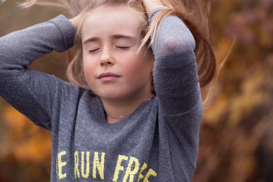 Girl Nature Autumn Face Portrait wallpaper