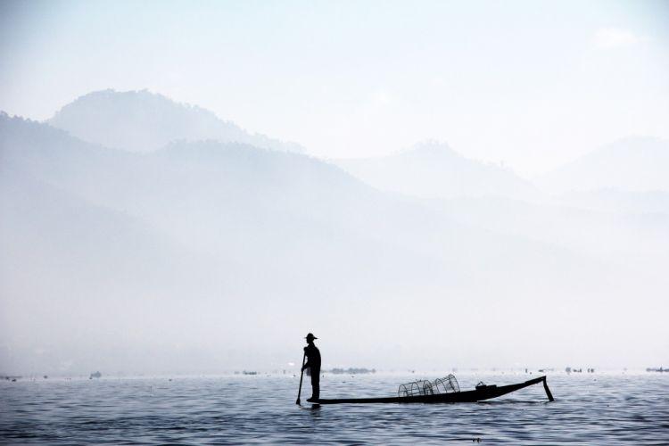 Myanmar Inle Brine fishing wallpaper