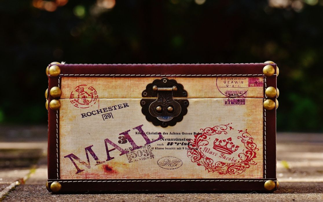 Chest Luggage travel vintage wallpaper