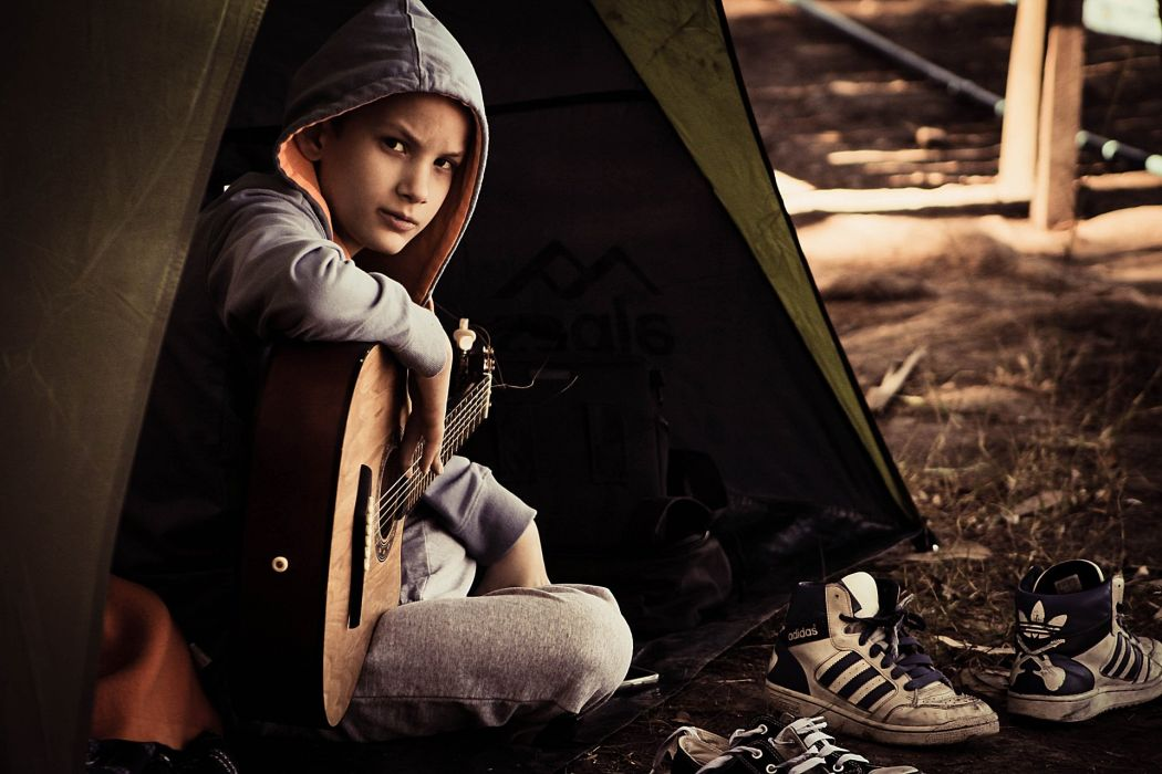 boy child guitar music wallpaper