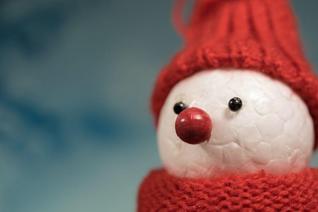 SnowMan Winter Cap Cold Mood Postcard wallpaper