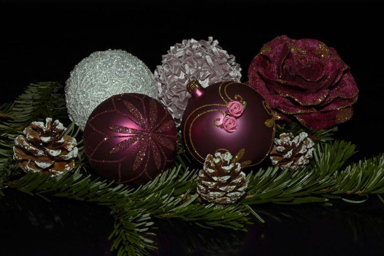Christmas Balls Balls Christmas Advent wallpaper