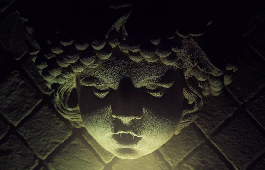 Creepy Statue Face Horror Stone Scary gothic wallpaper