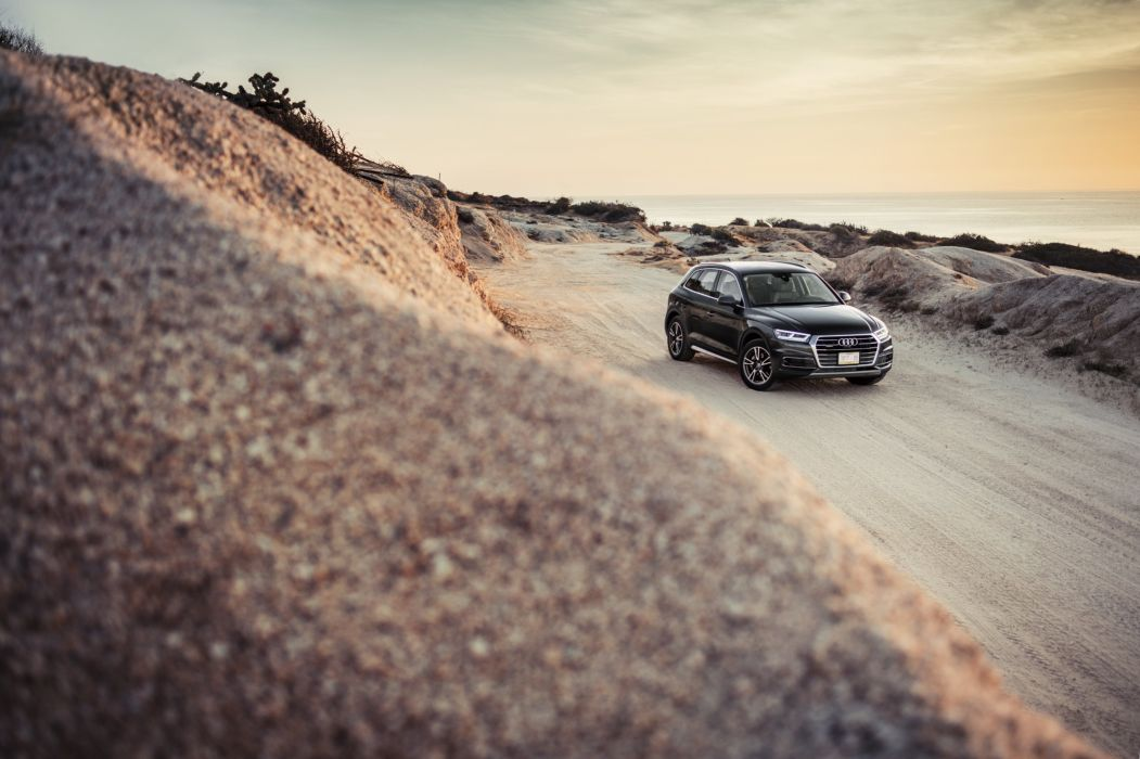Audi (Q5) TFSI quattro cars black suv 2016 wallpaper