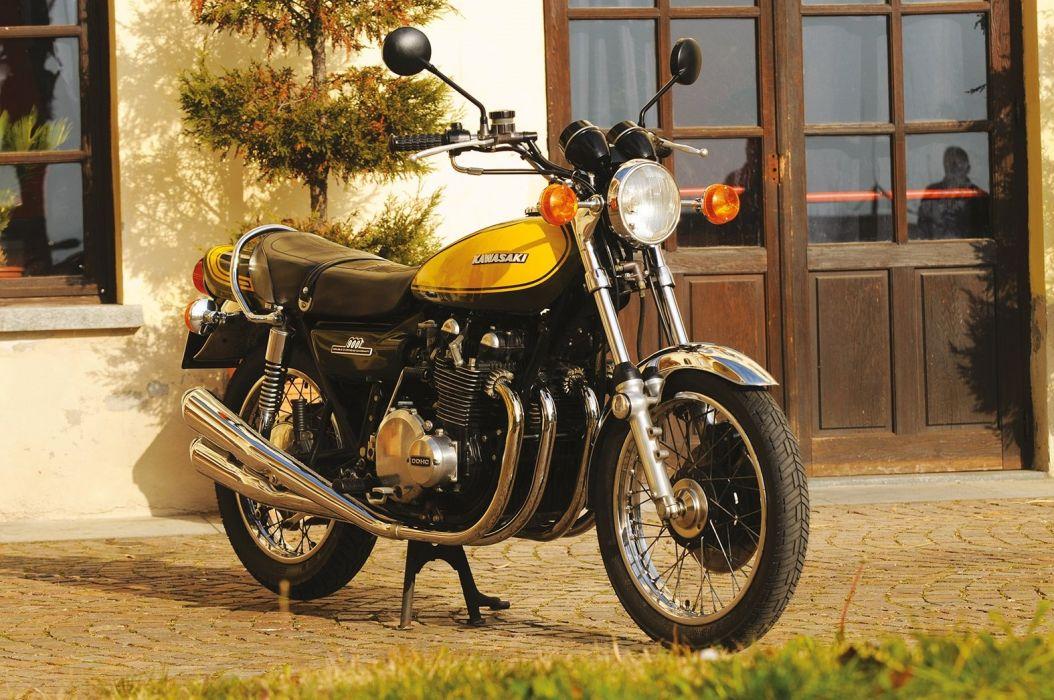 Kawasaki (Z1) 900 motorcycles 1972 wallpaper