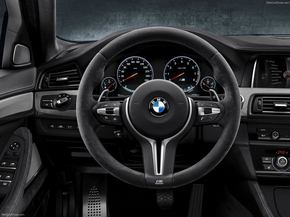 BMW M5 30 Jahre Edition (4) wallpaper
