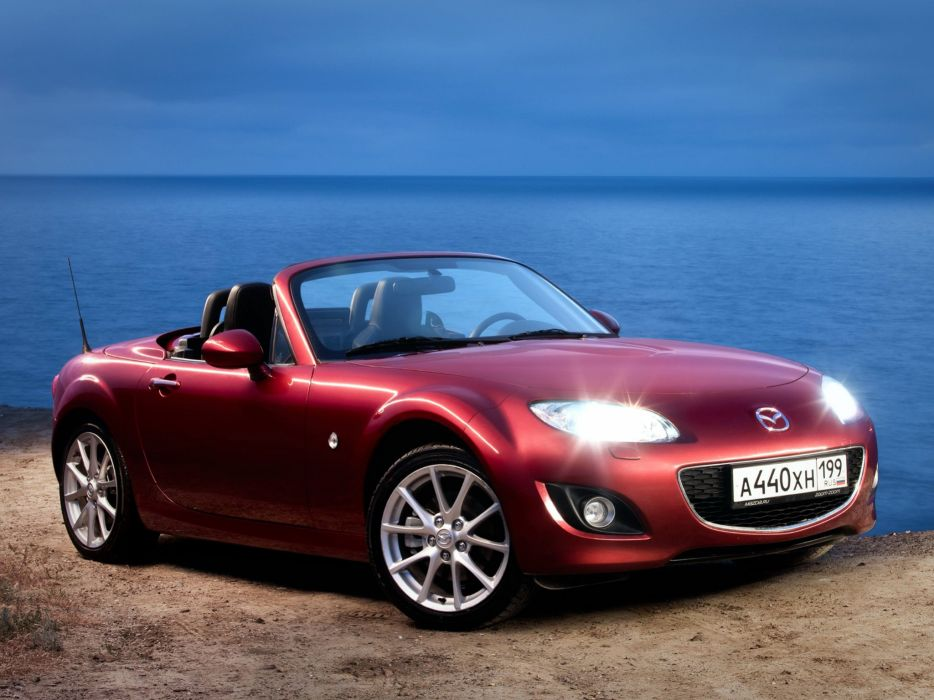 Mazda MX-5 Roadster Coupe 2008 wallpaper