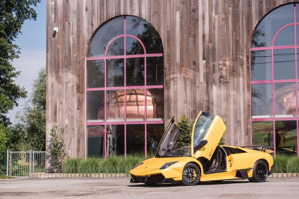 Lamborghini Murciy wallpaper