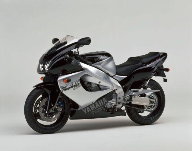 Yamaha YZF1000R Thunderace motorcycles 2000 wallpaper