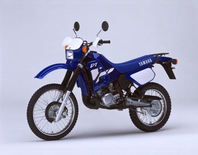 Yamaha DT125R motorcycles 2002 wallpaper